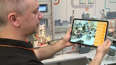 IMS Factory App: Die Fabrik in Augmented Reality steuern