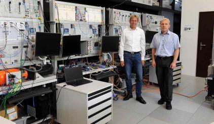 (v.l.) Jörg Ludwig (LN) und Prof. Petr Korba